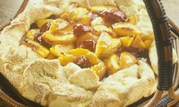 Rustic Tart of Stone Fruit