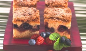 Fruits of the Forest Crumble Cake